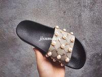ingrosso mens trim-le donne delle donne degli uomini della presa della fabbrica hanno regolato i sandali di slider di gomma delle ragazze dei ragazzi delle ragazze dei ragazzi delle unghie di effetto-perla e del goldtone Pantofole causali della spiaggia unisex