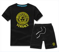 traje deportivo infantil al por mayor-CALIENTE diseñador de la marca Baby Boys Girls Summer Suit Baby Sport Suit 2Pcs Set boy Kids Sets Niños camiseta y pantalón algodón para niños