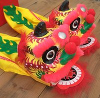 Wholesale Chinese Lion Art - free shipping Chinese characteristics handmade arts and crafts Mini dance lion toy props Fist lion decoration gifts avoid disaster 040