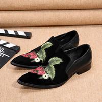 Wholesale big beautiful men - Fashion black Suede Men's shoes Leather dress shoes slip on Beautiful Flowers embroidery shoes men, Big Size