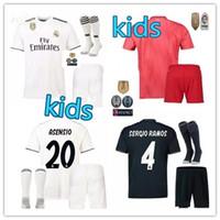 детские носки оптовых-Реал Мадрид футбол + носок трикотажные изделия 18/19 дети домой футбол Джерси юноши детские трикотажные комплекты 2018 2019 Роналду ISCO футбол рубашки набор