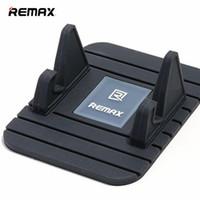 mattenhalter für telefon großhandel-REMAX Marke Universal Smart Autotelefonhalter Moibile Telefon Antirutschmatte Halter Halterung Für Smartphone Abnehmbare Praktische