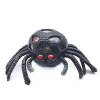 exprimiendo bolas gratis al por mayor-Envío gratis Tricky toy Black spider Bola de ventilación Squeezing Decompression toy Bola de ventilación Spoof props