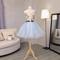 светло-голубые короткие платья девушки оптовых-Светло-Голубой Мини Homecoming Dress Студенты Маленькая Девочка Бальные Платья Аппликации Пром Dress Прекрасный Девушка Party Dress Короткие Бальные Платья