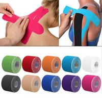 kinesio kaset spor kasları toptan satış-5 cm * 5 m Elastik Bandaj Pamuk Yapıştırıcı Kinesio Bant Spor Yaralanma Kas Gerginlik Koruma Kinesiyoloji Bantları Bantlama Kinesio