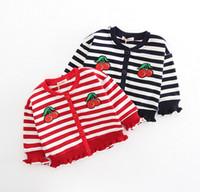 rebeca de algodón a rayas niñas al por mayor-2018 nuevo estilo de primavera para niños niñas cardigan botones de manga larga suéteres para niñas algodón de alta calidad a rayas de cerezo suéter bordado