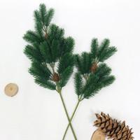 ingrosso piante di pino-GIAPPONE Piante di plastica artificiali Simulazione Natale Pigna Ramo di pino Decorazione di cerimonia nuziale Festa in casa Decor Fiore