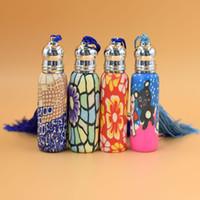 ingrosso bottiglie di profumo di ceramica-Mini Roll On Grind Bottiglie Olio Essenziale Soft Ceramica Roller High Grade Colorato Profumo Vuoto Bottiglia Glass Bead 1 5yw jj