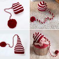 bonecos de crochet vermelho recém-nascidos venda por atacado-Bebê tricô Caudas Longas Chapéu De Natal Newborn Fotografia Props Vermelho Branco Stripe Crochet Chapéus Do Bebê Adereços Para Fotografia