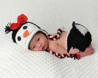 vendas crochet animais venda por atacado-Venda quente Dos Desenhos Animados Pinguim Bebê Recém-nascido Unisex Fotografia Adereços Crochê Do Bebê Animal Traje de Malha Roupas de Menina Menino