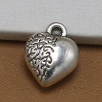 ingrosso diy fabbrica di fascini-Fascini del cuore dei monili di modo nuovo commercio all'ingrosso 3D del cuore antico Mezza Fiore d'argento DIY 12 * 10mm rifornimento della fabbrica
