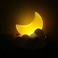 drahtlose nachttischlampe großhandel-Mondform Romantische LED Nachtlicht Drahtlose Fernbedienung Timing Optische Abtastung Energiesparende Nachttischlampe Geschenk