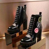 ingrosso tipi scarpe da donna-Nuove scarpe di design per donna in stock con tre tipi di stili Scarpe di lusso alla moda con tacco alto