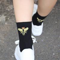 Wholesale Thin Ladies Socks - The trend of small bee personality fashion ladies cotton thin socks