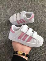 Adidas Superstar 2017 venta caliente zapatos de skate para bebés zapatos de los niños superestrella zapatillas de deporte para niños niños Zapatillas