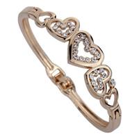 kristall herz armband großhandel-Schmuck Cute Rose Gold Fünf Hohle Herz Carve Crystal Charming Armreif