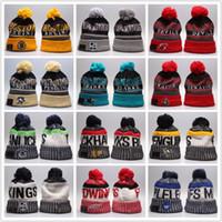 beyzbol boncuk şapkaları toptan satış-Yeni Varış kış Kasketleri Şapkalar Amerikan Futbolu 32 ekipleri Kasketleri Hokey beyzbol Spor kapaklar Örme Şapkalar