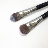 licuadora de belleza maquillaje profesional al por mayor-PRO Foundation Brush # 47 - Classic Paddle / New Angled Cream Líquido Foundation Highlight Brush - Beauty Makeup Brush Blender