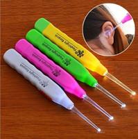dispositivo eléctrico encerado al por mayor-Cera del oído Retire la linterna LED EarPick Cleaner Curette Dispositivo de limpieza de oído eléctrico Herramienta de masaje de oído de excavación
