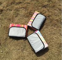 складное одеяло оптовых-150x180cm складной кемпинг коврик плед пикник мешок одеяло подняться открытый водонепроницаемый пляж одеяло коврик Одеяло для пикника пляж