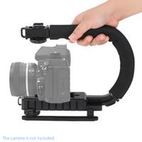держатель для камеры оптовых-Новые U / C форма Флэш-кронштейн держатель видео ручка ручной стабилизатор ручка для DSLR SLR камеры телефон для спорта действий камеры DV видеокамеры