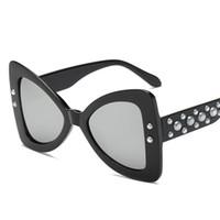 Moda Mariposa Gafas de sol Mujeres Nuevo Marco de Arco UV400 Gafas de Sol 6  Colores Gafas de sol de Perla de Alta Calidad c40e78aa2b59
