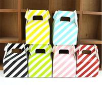 streifen geschenkbox großhandel-MOQ 200 stücke 1 farbe Papier Pralinenschachtel streifen geschenktüte Schokolade Verpackung Kinder Geburtstagsparty Hochzeit Dekorationen Gefälligkeiten