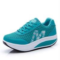 ingrosso scarpe da ginnastica da donna tacco medio-Il nuovo tacco medio spessa suola donna primavera e l'estate traspirante scarpe da ginnastica superficie netta per il tempo libero versione coreana aumentare le scarpe