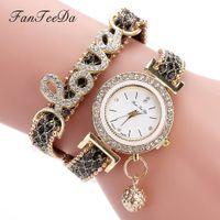 любовь часы наручные часы оптовых- Fashion  Women Wristwatch Watches Love Word Leather Strap Ladies Bracelet Watch Casual Quartz Watch Clock