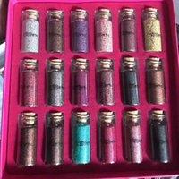 блестящие тени для век оптовых-2018 Макияж красоты творения блестит многоцелевой сыпучих блеск порошок 18 цветов подарочная коробка тени для век DHL доставка
