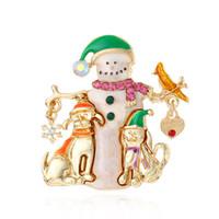 boneco de neve de moda jóias venda por atacado-Floco de neve boneco de neve de cristal pin peito de natal Por Atacado Moda Mental Natal Mulheres crianças sino de natal Presentes Da Jóia Broche