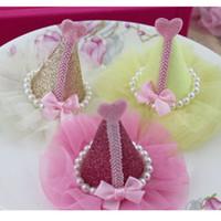 sombrero de plumas decoraciones al por mayor-Niñas 6pcs / Lot 6colors 7.5 * 9cm Delicadas horquillas hechas a mano Cute Glitter Headwear Adecuado para niñas Sombrero para el cabello Zapatos Diy Adornos Decoración