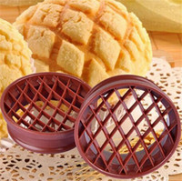 Wholesale Plastic For Engraving - Bread Mold Pineapple Bun Useful Engraving Baking Moulds Efficient Plastic Hollow Efficient Bakeware Necessary For Family 1 2tt X