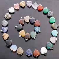 ingrosso fascino di pietra del gemma-Hot fubaoying a forma di cuore amore gemma pietra pendenti misti branelli allentati per i braccialetti e la collana di fascini gioielli fai da te per le donne regalo gratis