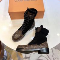 hohe römische schuhe großhandel-2018 Marken-Art- und Weiseluxuxdesigner-Frauen-Schuhe Mittelstiefel Superstar-neue starke Ferse-Aufladungen Luxuxfrauen-Schuhe Qualitäts-Booties