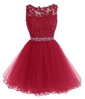 vestido de contraste azul cielo al por mayor-Vestidos de fiesta con cuentas de encaje real 2018 Aplicaciones con lentejuelas Vestidos de cóctel rojos Vestidos de baile cortos Vestido semielaborado sin respaldo