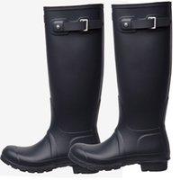 sapatos de chuva venda por atacado-Joelho Botas de Chuva Alta Botas de Chuva À Prova D 'Água Botas Sapatos De Borracha Fosco Brilhante Rainboots Rainshoes Fit Meias Longas Para Mulheres Dos Homens