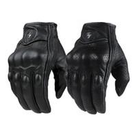 armadura de dedo para mulheres venda por atacado-Luvas da motocicleta Ao Ar Livre Esportes Dedo Cheio Equitação Da Motocicleta Armadura Protetora Preto Luvas De Couro Curtas ginásio Para Homens Para As Mulheres