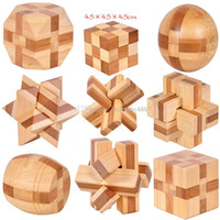 3d bulmaca oyuncakları toptan satış-2018 yeni Klasik 3D IQ Ahşap Beyin Bulmaca oyuncaklar Bambu Birbirine Bulmacalar Oyunu 3D Kong Ming kilit 9 stilleri C3407