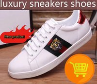 Wholesale Luxury Leather Sport Shoes Men - 2018 men luxury brand sneakers shoes designer casual shoes black genuine leather mens Sports shoes with bee tiger size 40-46 orginal box