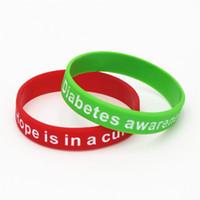 grünes bewusstseinsarmband großhandel-1 STÜCK Diabetes Awareness Bracelets Medical Alert Silikon Armband Hoffnung ist in einem Cure Armband Rot Grün Krankenschwester Armreifen Geschenke SH112