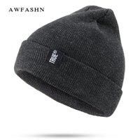 ingrosso scuri neri-Nuovi cappelli invernali da donna cappelli in lana caldo skullies e berretti da uomo in cotone nero di alta qualità con cappuccio in spessa gorras unisex