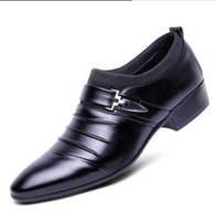 sıcak beyaz elbise erkek ayakkabıları toptan satış-2018 SıCAK Satış Yeni Erkekler elbise ayakkabı Düz Ayakkabı yakışıklı oxford ayakkabı beyaz siyah sivri Sosyal ayakkabı