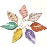 pendientes de cuero al por mayor-Pendientes de hoja de cuero real, joyería de diseñador de moda, pendientes colgantes de cuero de leopardo hechos a mano para mujeres, bijoux de oreja al por mayor