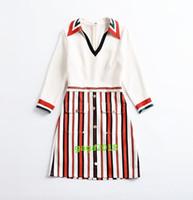vertikale linien kleider großhandel-Frauen-Mädchen V-Ansatz dünnes Langhülse Kleid hohe Taille A-Linie Rock vertikale Streifen gedruckten langen Shirt Kleid High-End für Büro-Party
