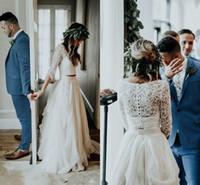 vestido de noiva boémio de duas peças venda por atacado-2019 boêmio duas peças vestidos de casamento 3/4 manga longa decote em v trem de renda top chiffon beach garden país boho vestidos de noiva