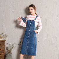 bib tulum denim toptan satış-Yeni Moda kadın Önlüğü Tulumları Denim Elbise Etekler İnce Midi Kot Etekler Kadın Pamuk Mavi Ön Düğme Askı Denim Etek