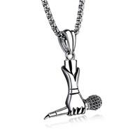 trendy kalça zincirleri toptan satış-Yaratıcı Erkekler Hip Hop Müzik Titanyum Çelik Şarkıcı Mini Mikrofon Etiketi Kolye Zincir Kolye Trendy Takı Destek FBA Drop Shipping G888F