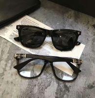 quadros de óculos de coração preto venda por atacado-Mens coração Luxe Square polarizada óculos de sol preto w / prata Frame e preto Sonnenbrille Designer óculos de sol verão condução óculos Novo
