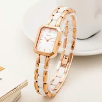 водонепроницаемые часы оптовых-Женские часы мода тенденция простой компактный циферблат квадратный водонепроницаемый керамический браслет кварцевые женские часы